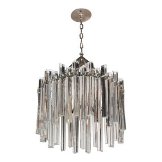 Sophisticated Mid-Century Single-Tier Stepped Triedre Chandelier by Camer