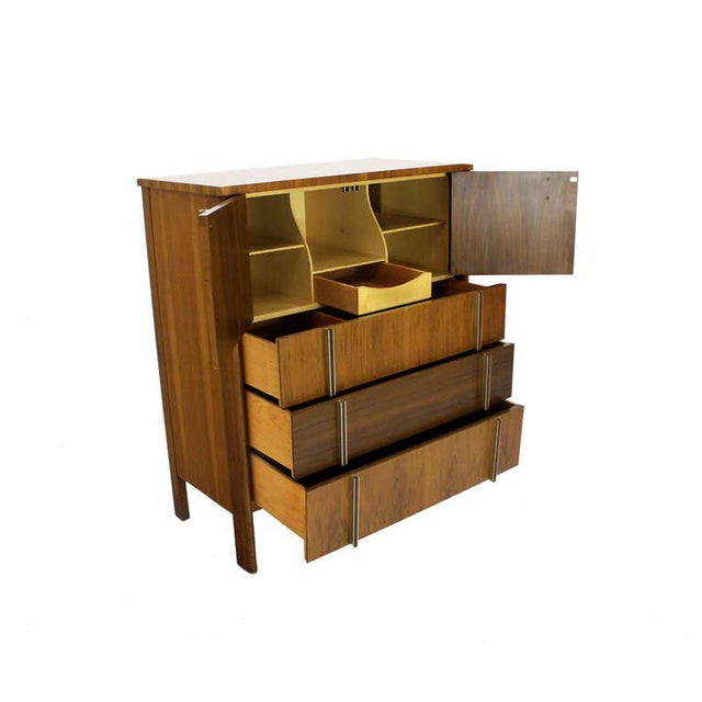 John Widdicomb John Widdicomb Mid-Century Modern Walnut High Chest Dresser For Sale - Image 4 of 9