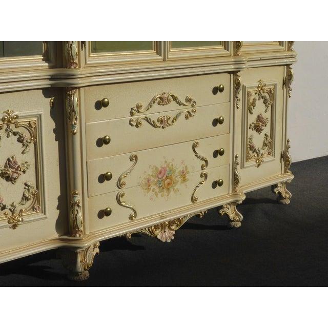 Vintage Off White Ornate Venetian China Cabinet - Image 5 of 11