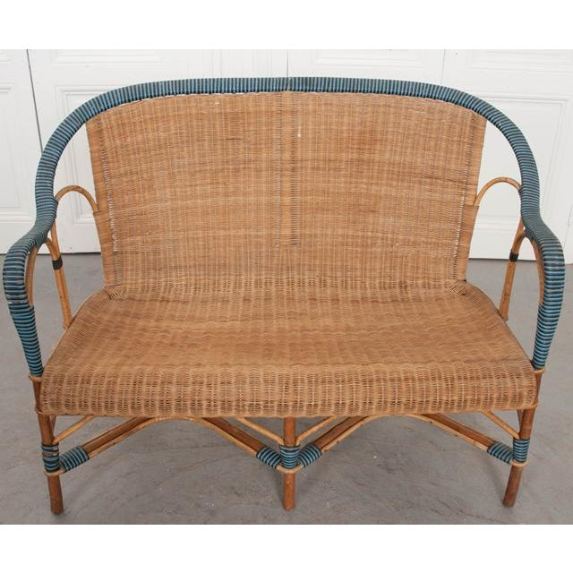 1930s Vintage French Woven-Rattan Settee For Sale - Image 5 of 11