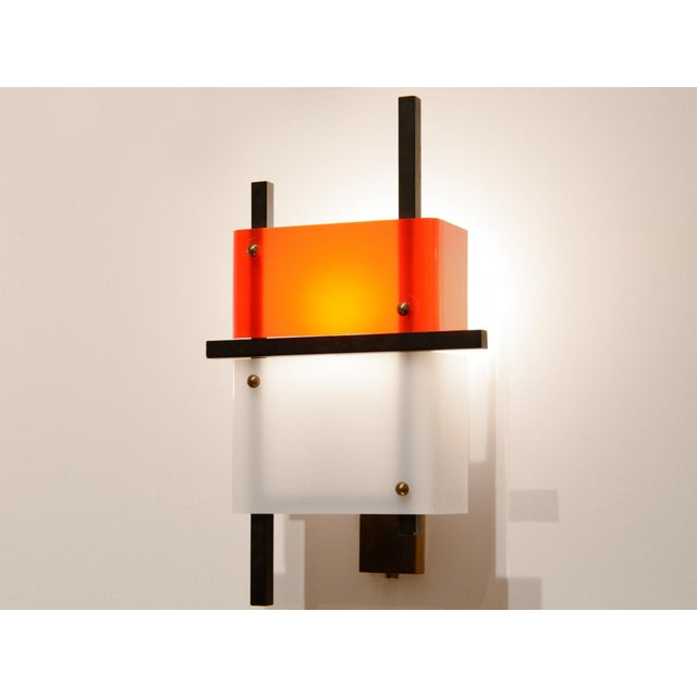 Stilnovo - Pair of Wall Lights in Plexiglass and Lacquered Steel, Circa 1950 For Sale - Image 6 of 8