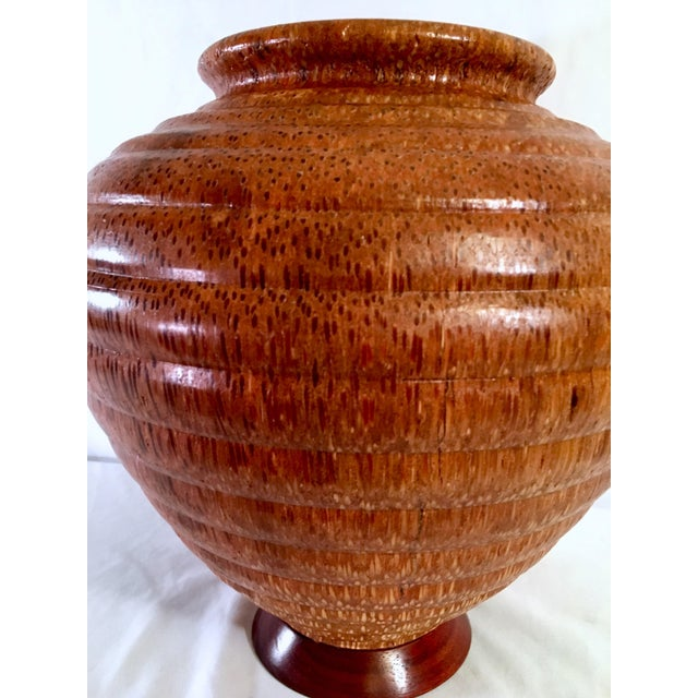 Bentwood 1991 Boho Chic Large Artisan Turned Bloodwood Palm Beehive Vase by John Penrod (Signed) For Sale - Image 7 of 13