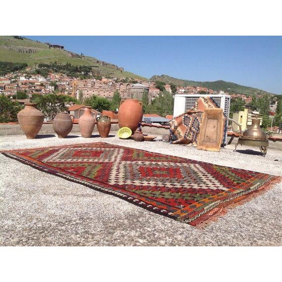 "Boho Chic Vintage Turkish Kilim Rug - 5'2"" X 8'6"" For Sale - Image 3 of 6"