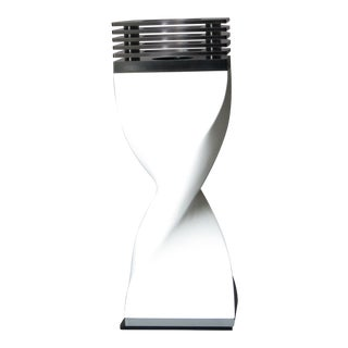Gr White Helico Table Lamp For Sale