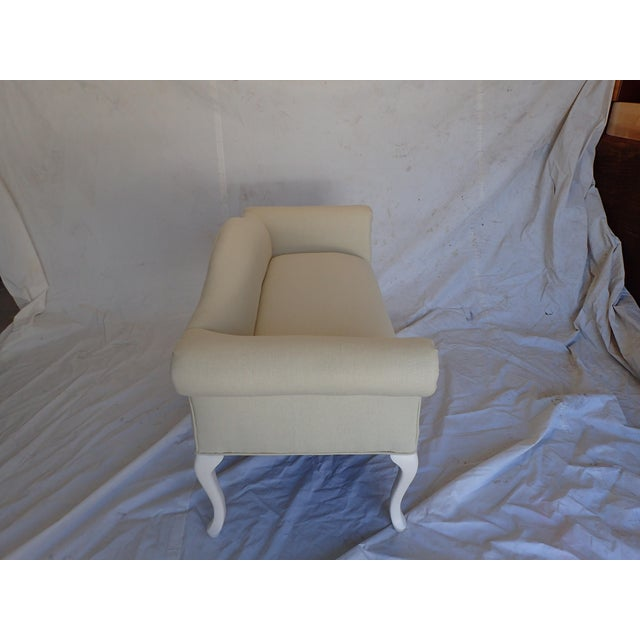 French Style Beige Settee For Sale In New York - Image 6 of 8