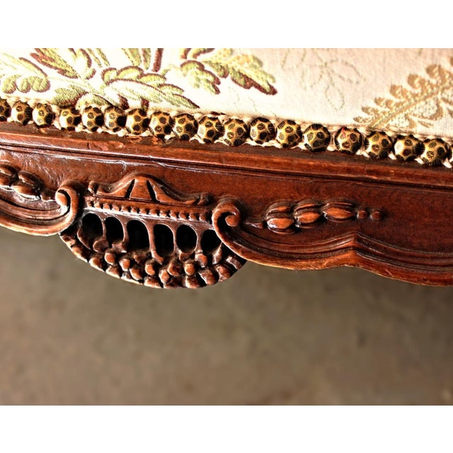Louis XV Style Canape en Corbeille Settee For Sale - Image 4 of 8
