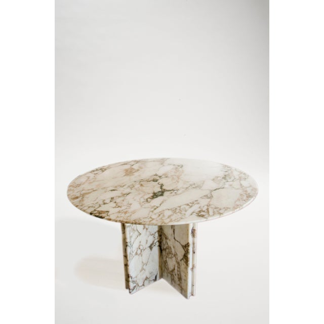 Angelo Mangiarotti Made to Order Italian Calacatta Marble Round Dining / Center Table For Sale - Image 4 of 10