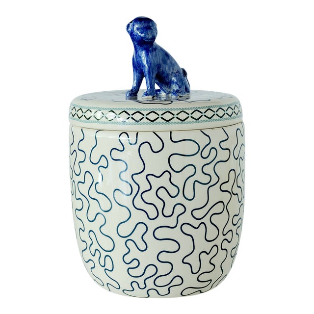 Madcap Cottage Chinoiserie Blue/White Lidded Porcelain Jar For Sale