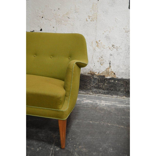 Mid-Century Scandinavian Modern Green Tweed Sofa in the Style of Carl Malmsten For Sale In Atlanta - Image 6 of 6