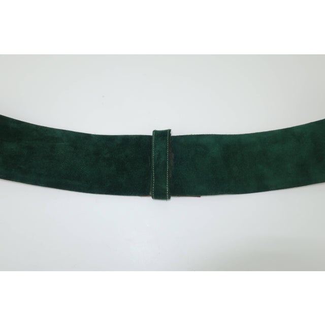 Metal 1970's Judith Leiber Gold Filigree Mughal Style Emerald Green Belt For Sale - Image 7 of 11