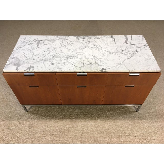 Mid-Century Modern Florence Knoll 6 Drawer Carrera Marble Top Teak Chest For Sale - Image 3 of 5