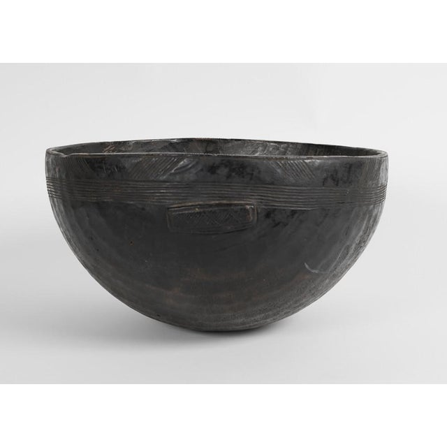 A 19th Century Carved Wood Food Bowl From Chad For Sale In New York - Image 6 of 9