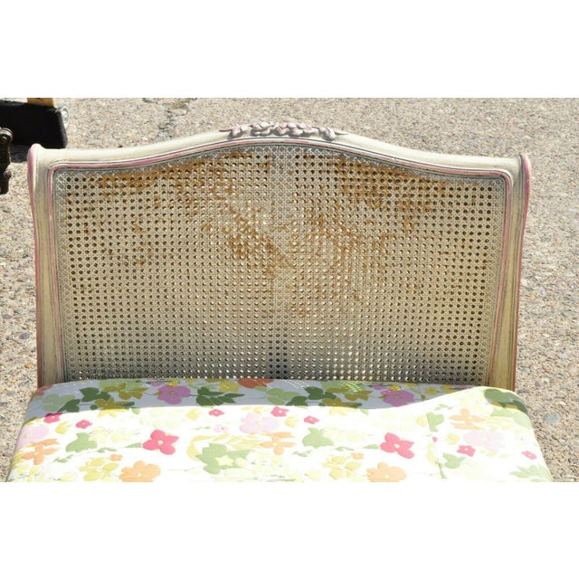 Cream Early 20th Century French Louis XV Style Daybeds- a Pair For Sale - Image 8 of 12
