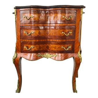 18th Century Louis XV Marquetry Commode For Sale