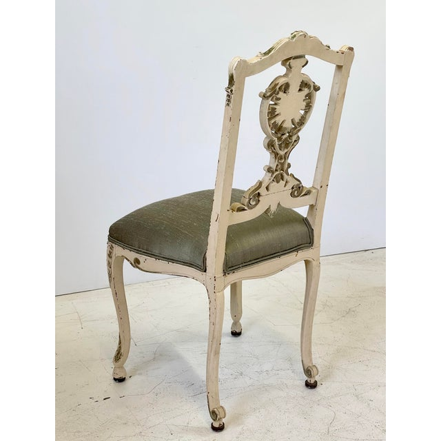 French Italian Parcel Gilt Vanity Chair For Sale - Image 3 of 12