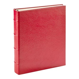 Medium Clear Pocket Album, Pebble Grain Leather in Red For Sale