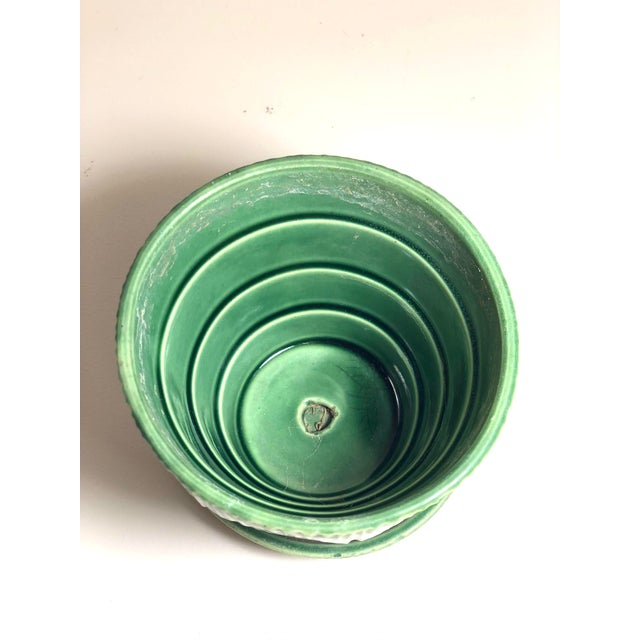 """American McCoy Pottery 1940s - 1960s Small"""" Green"""" Mid-Century Flowerpot and Saucer For Sale - Image 3 of 6"""