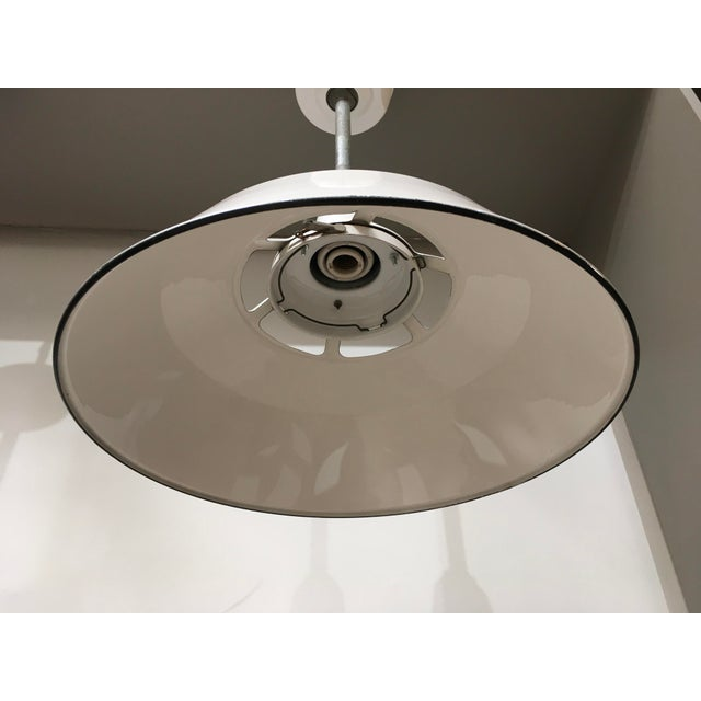 1950s 1950s Smoot Holman Industrial White Enamel Pendant Lights - a Pair For Sale - Image 5 of 13