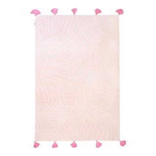 Knitted Pink Star Kids Area Rug With Pink Tassels - 4' X 6' For Sale