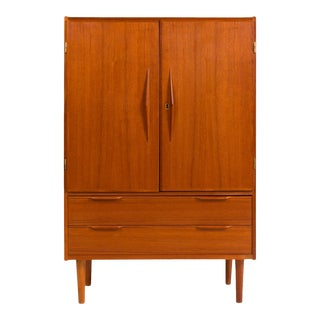 Vintage Danish Mid-Century Teak Gentleman's Chest / Hutch For Sale