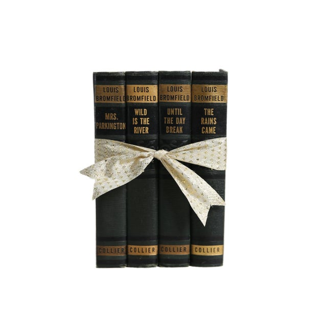 Mid 20th Century Vintage Decorative Book Gift Set: Green Art Deco Novels For Sale - Image 5 of 5