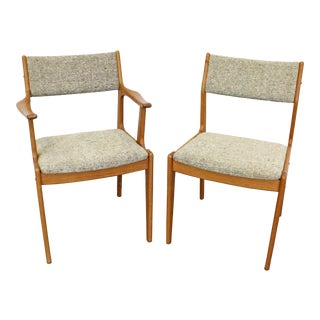 Pair of Mid-Century Scandinavian Modern Teak Side Dining Chairs For Sale