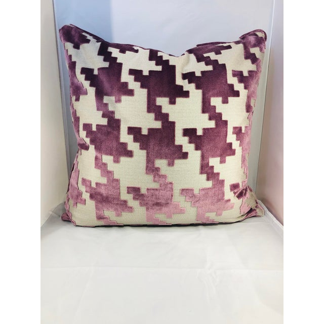 """Contemporary 21"""" Square Robert Allen Pillow from Kenneth Ludwig Chicago For Sale - Image 3 of 8"""