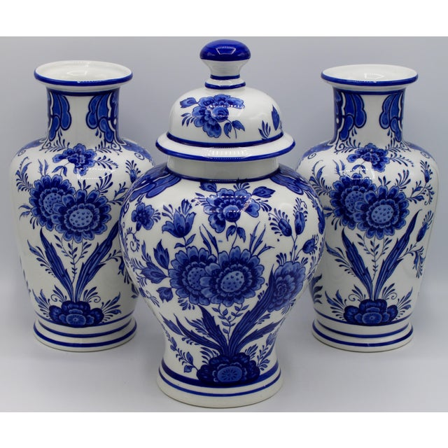 Mid-20th Century Blue and White Floral Dutch Delft Ginger Jar and Vase Set For Sale - Image 13 of 13