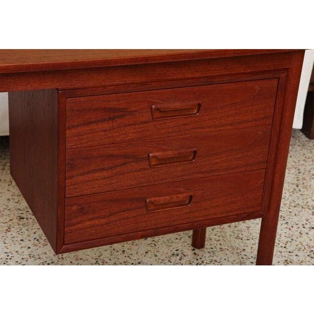 Arne Vodder 1960s Petite Danish Modern Teak Writing Table Desk For Sale In Miami - Image 6 of 10