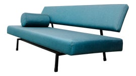 Image of Pull-Out Couches & Sofas