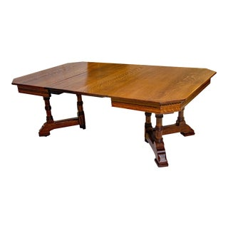 Victorian Oak Dining Table with Two Leaves For Sale