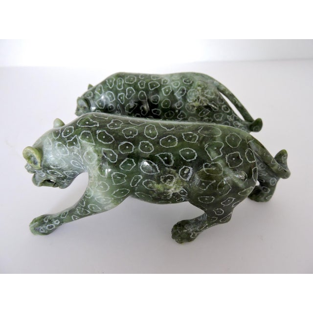 Chinese Jadeite 'Cloud Leopards' - Sculptures / Statues, a Pair For Sale In Tampa - Image 6 of 8