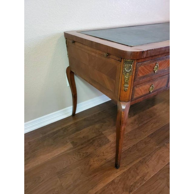 Brown 1920s French Louis XVI Bureau Plat Writing Desk For Sale - Image 8 of 13