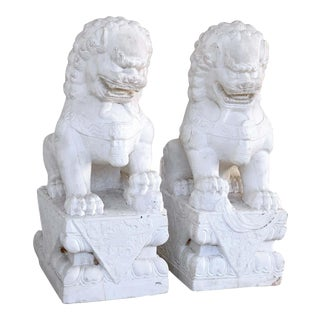 Chinese Export Marble Seated Foo Dogs - a Pair For Sale