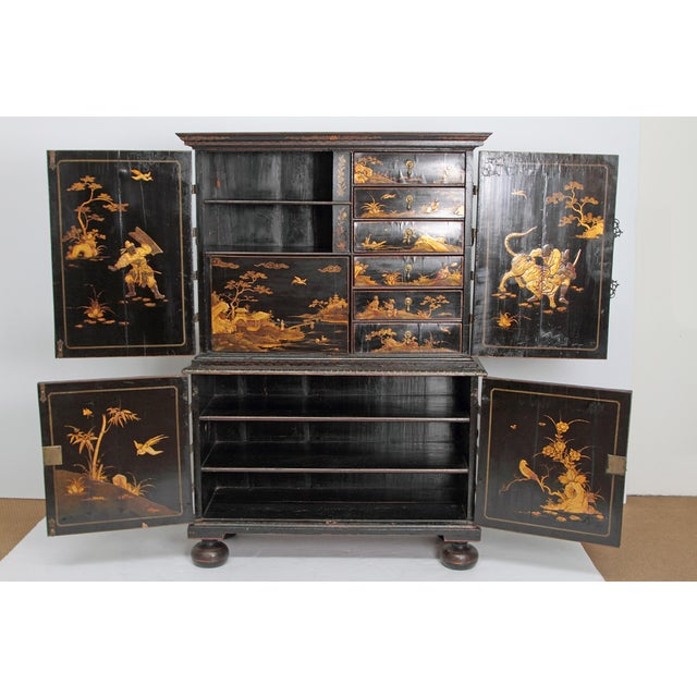 Brass Queen Anne Collectors Cabinet / Japanned For Sale - Image 7 of 13