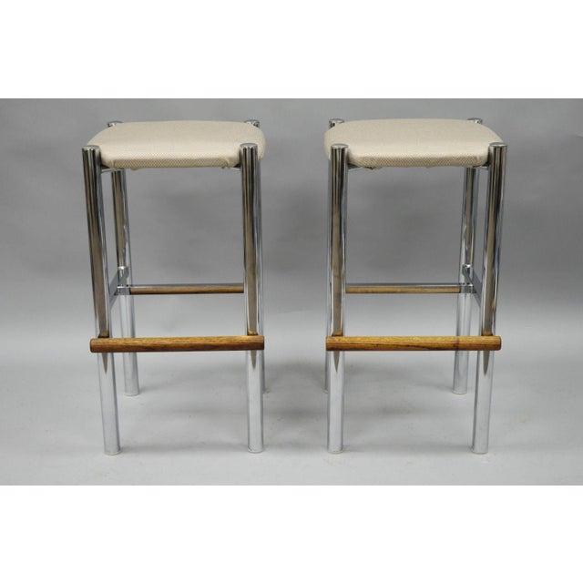 Pair Mid Century Modern Chrome & Oak Wood Barstools Bar Stools Vtg Baughman Era - Image 3 of 11