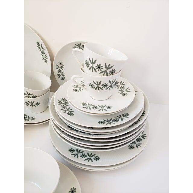 Mid Century Modern Seltmann Weiden Monica Bavarian Porcelain Dinnerware For Sale - Image 4 of 13