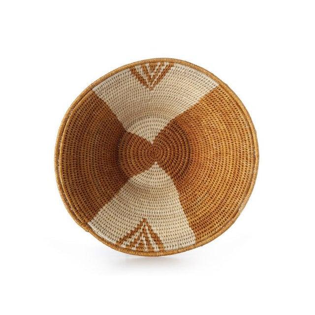Envelope Medium Basket Ochre/cream/black For Sale In New York - Image 6 of 7