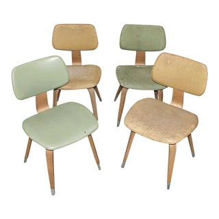 Mid-Century Vintage Designed Thonet Dining Chairs- Set of 4 For Sale