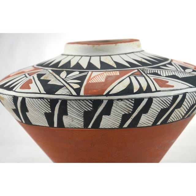Southwest Hand Painted Acoma Pueblo Olla Jar For Sale In Chicago - Image 6 of 6