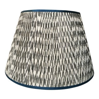 Penny Morrison Grey-White Ikat With Atlantic Trim Lamp Shade For Sale