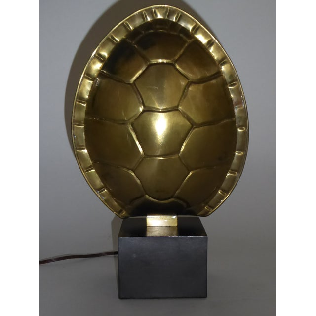 Chapman Mid-Century Modern Table Shelf Lamp with Turtle Shell Brass Shade 1978 For Sale - Image 10 of 10
