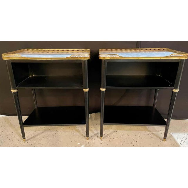 1960s Pair of Hollywood Regency Nightstands or End Tables in the Manner of Jansen For Sale - Image 5 of 13