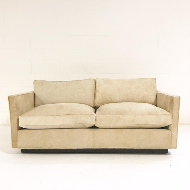 Mid-Century Modern Forsyth One of a Kind Milo Baughman for Thayer Coggin Loveseat Sofa in Palomino Brazilian Cowhide For Sale - Image 3 of 9
