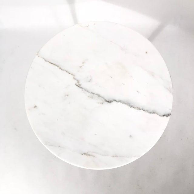 Eero Saarinen Saarinen Round Marble Side Table For Sale - Image 4 of 5