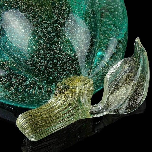 Mid 20th Century Murano Vintage Green Gold Flecks Bullicante Italian Art Glass Lemon Lime Fruit Bowl For Sale - Image 5 of 7