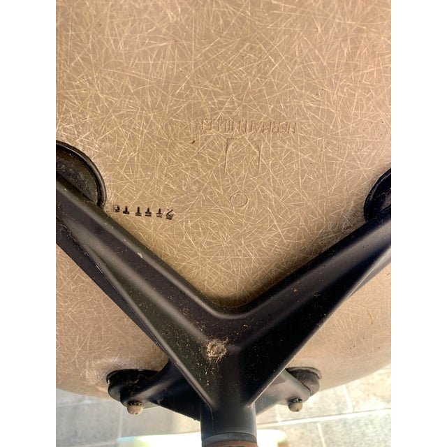 1970s Vintage Eames for Herman Miller Fiberglass Upholstered Blue Shell Chair For Sale In Los Angeles - Image 6 of 7