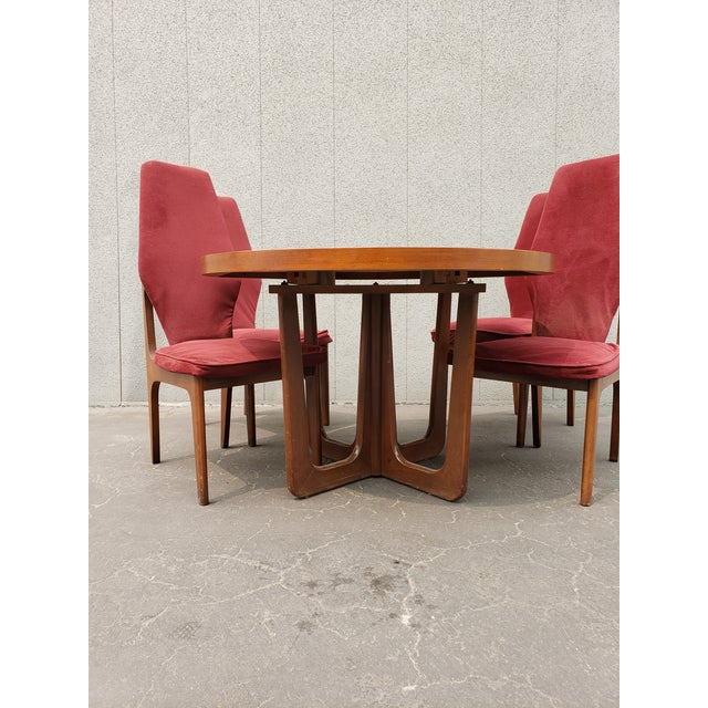 Mid century dining set! Comes with 4 #stunning sculptural high back chairs in the style of Adrian Pearsall / Harvey...