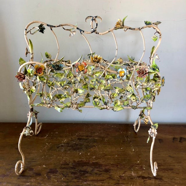 White 1930's Italian Tole Painted Flowers Magazine Holder For Sale - Image 8 of 8