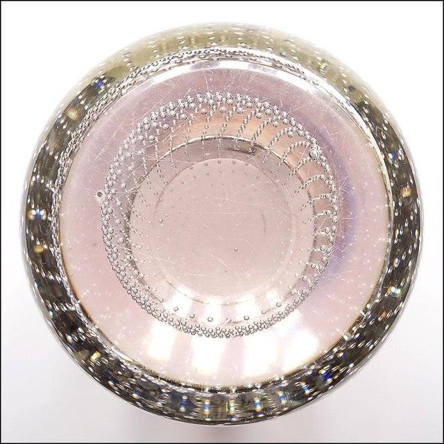 Lavender Mid-Century Modern Erickson Studio Bullicante Art Glass Vase For Sale - Image 8 of 9